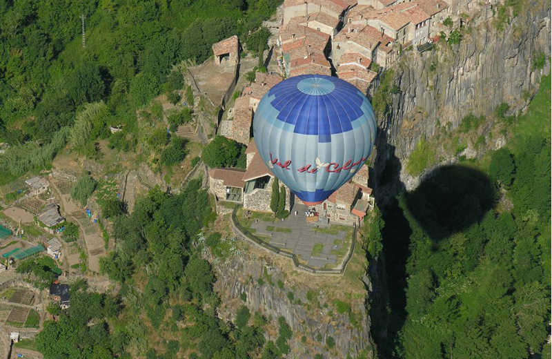 castellfollit-globus